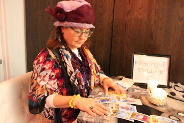 Virtual Tarot Card Readings: IMG_1988.jpg