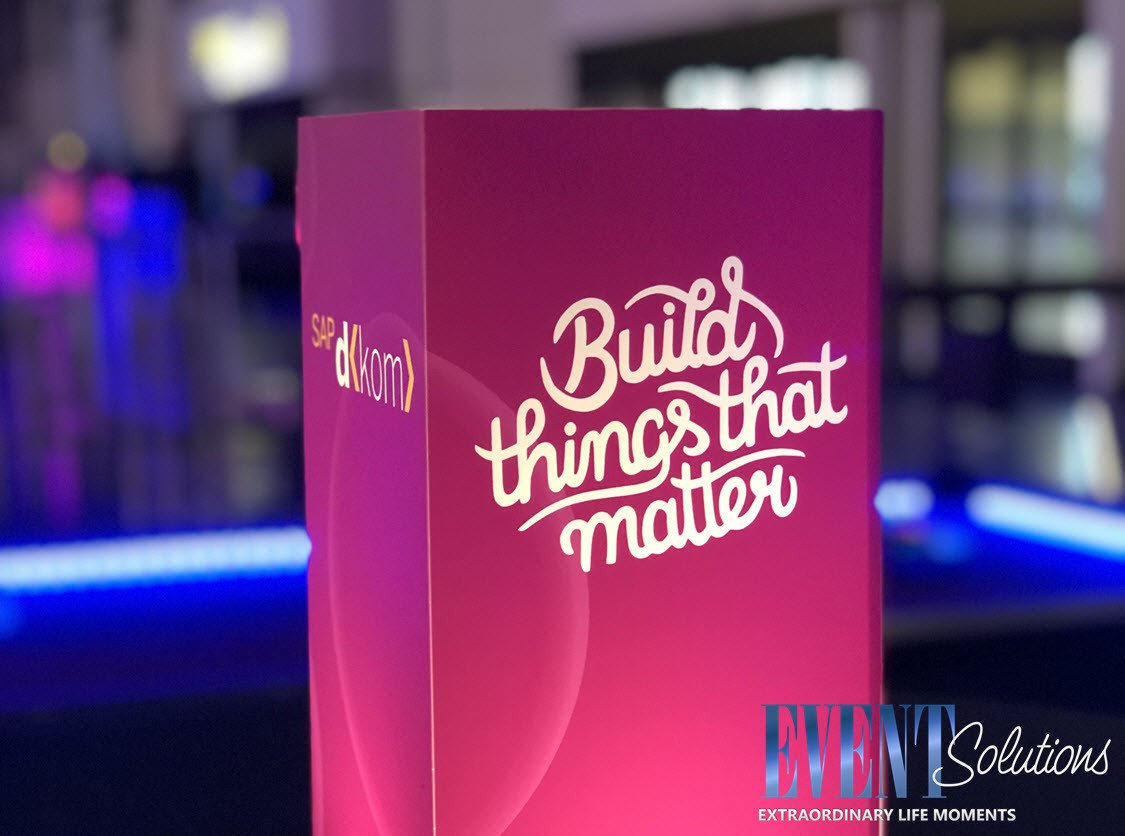 Build Things That Matter Powerful Party photo LOGO Branded Centerpieces for Company Party.jpg