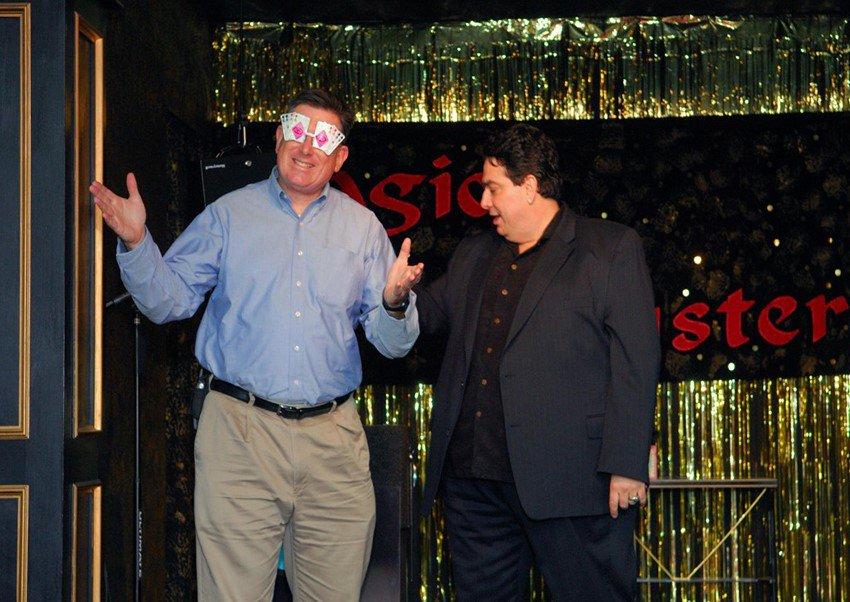 Headlining at The California Magic Club photo Cal Magic-Vendry Pic 4.jpg