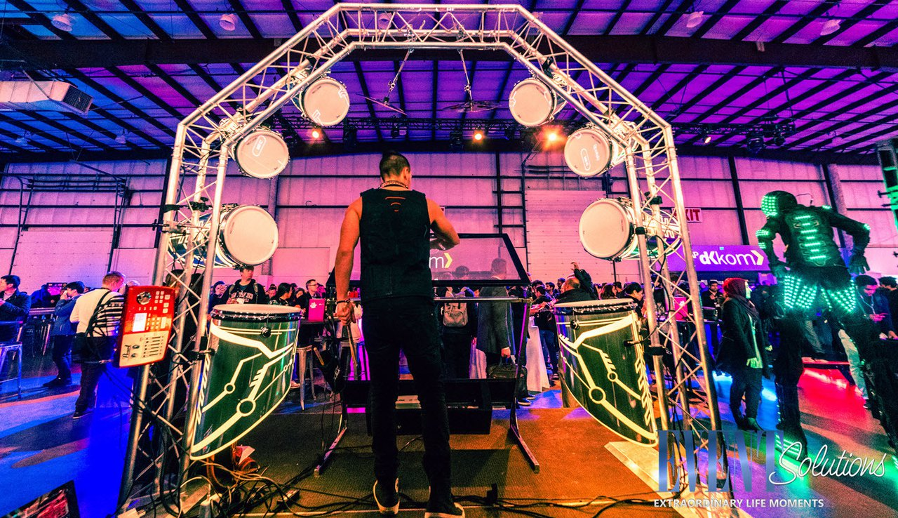 Build Things That Matter Powerful Party photo LOGO LED Drummer and LED Stilt Robot at Tomorrowland Kick Off Party.jpg