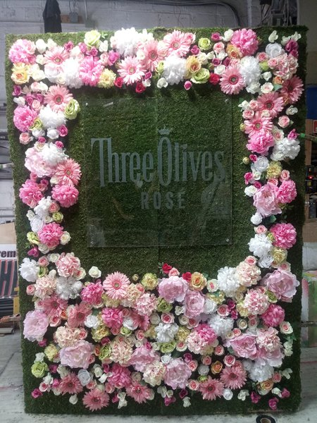 Three Olives Rose Moss Wall cover photo