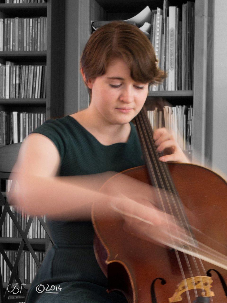 Private Function - Cello Recital photo IMG_6090e signed.jpg