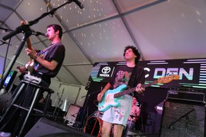 Music Den At Lollapalooza photo 44094232890_4fef59c6ce_o.jpg