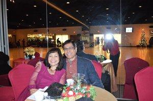 Christmas Party photo 24799238_10159639077990481_1353396703548306610_o.jpg