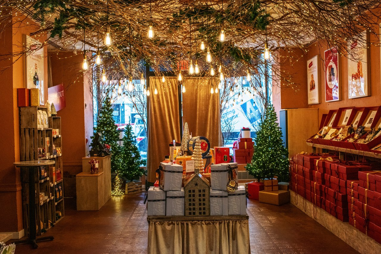 Holiday Market Pop Up Store photo 2018_12_December_holidaymarket_01.jpg