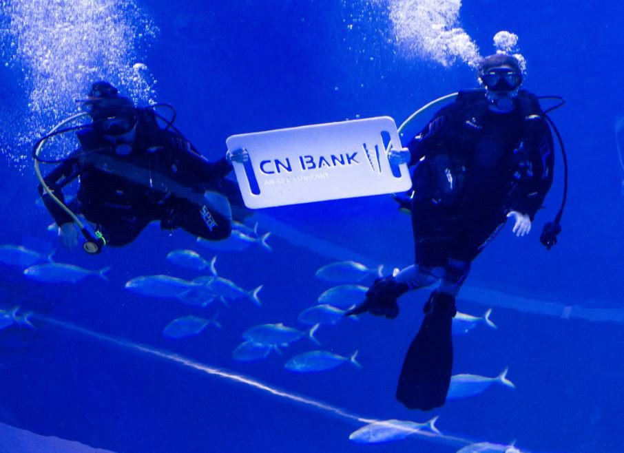 CN Bank Reception In Blue | Miami photo bank.jpg