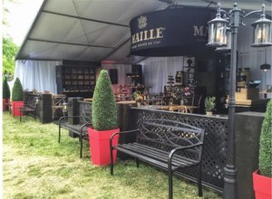 Maille Flavour Studio photo outdoor.jpg
