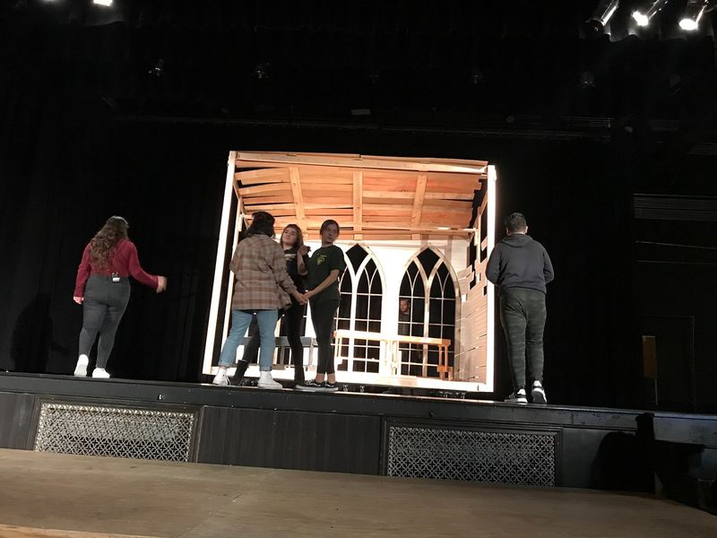 Set Design for Theater Productions service