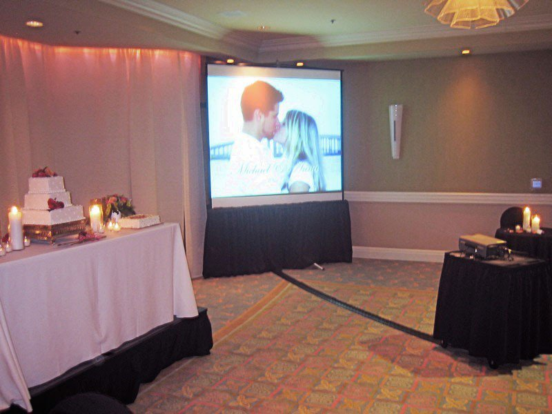 Wedding DJs photo Projector & Screen.jpg
