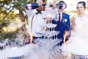 Various Events photo Bartender Pour - Wedding - compressed.jpg