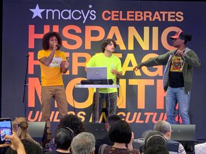 Hispanic Hertage, Nortwestern Tailgate.. photo 75E61454-D9A0-46E6-8D28-3A2FBDE71542.jpg
