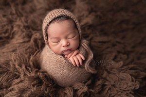 Fine art newborn photography photo 7ECD7A3B-231D-4486-90C8-B1B2F251D1EF.jpg
