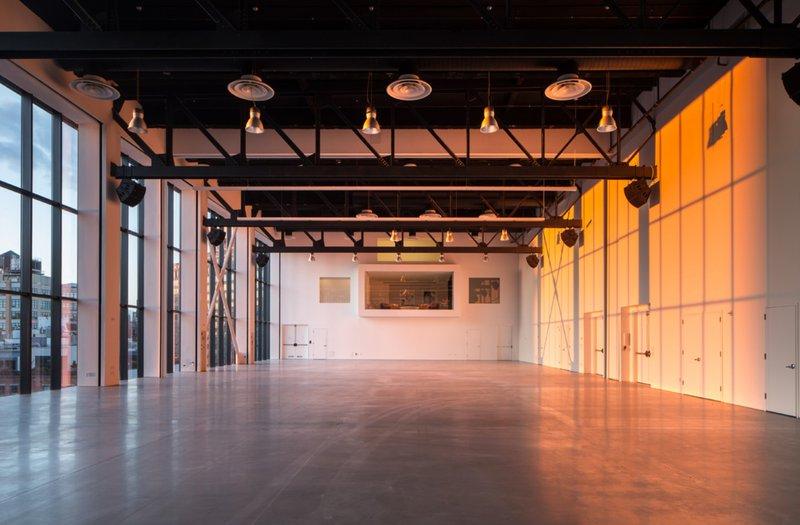 Studio 5 space photo