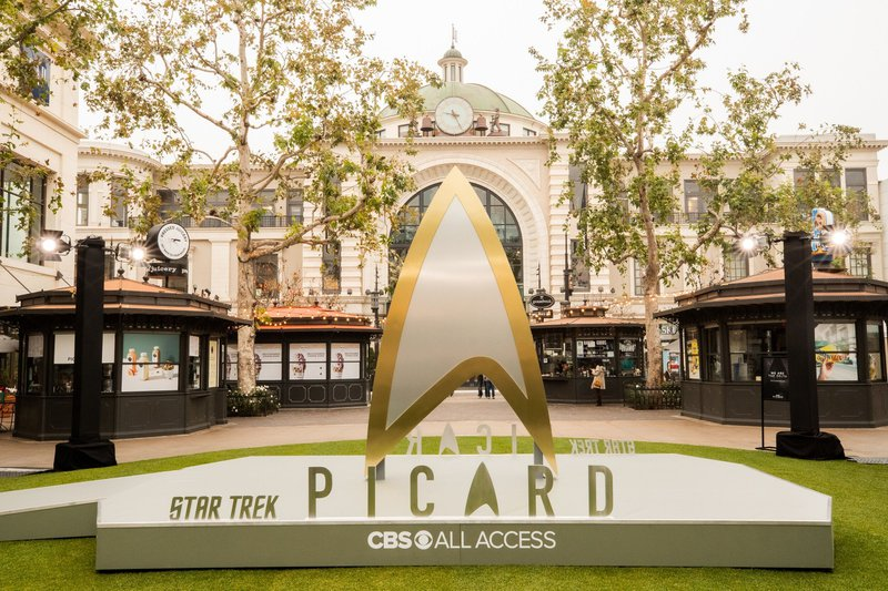 Star Trek Picard  cover photo