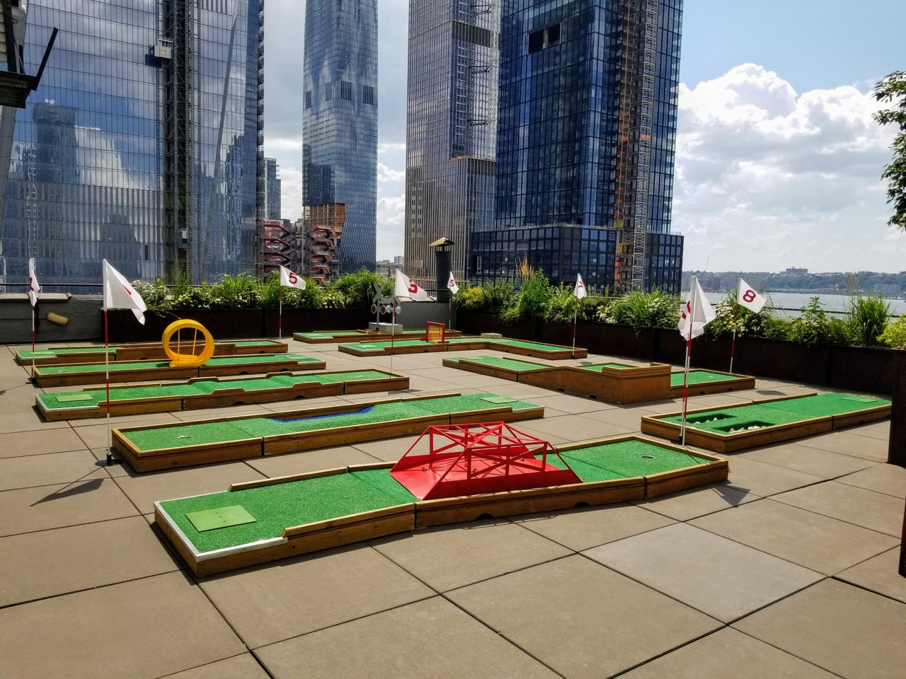 Mini Golf on NYC Rooftop photo Mini-Golf-Rental-NYC-9-Holes.jpg