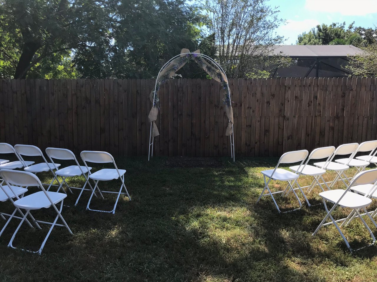 Simple Outdoor Wedding photo 82817889-AAD4-4710-9EAD-F1140FE94464.jpg