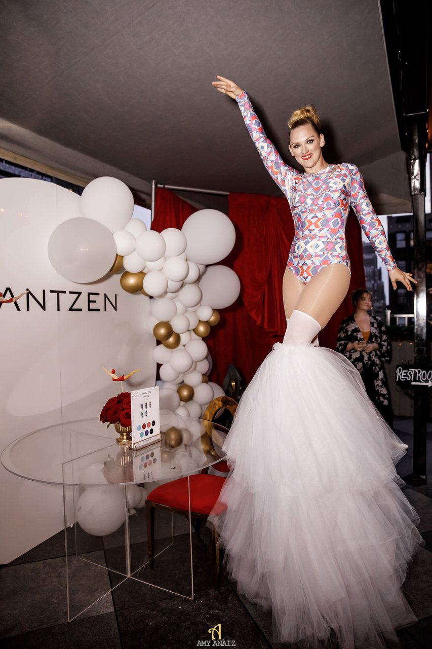 Jantzen 2020 Relaunch photo JantzenSwim_199.jpg