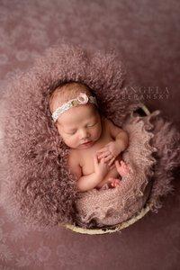 Fine art newborn photography photo BBE66DED-61DC-48FD-9AFE-372108DD882C.jpg