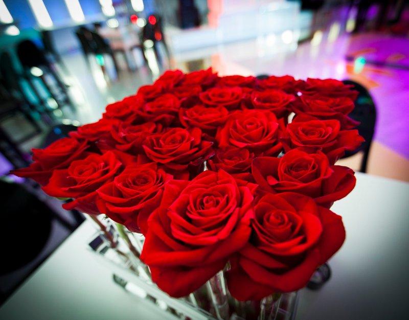 5- mitzvah-4-flowers-venue-party-chris-weinberg.jpg