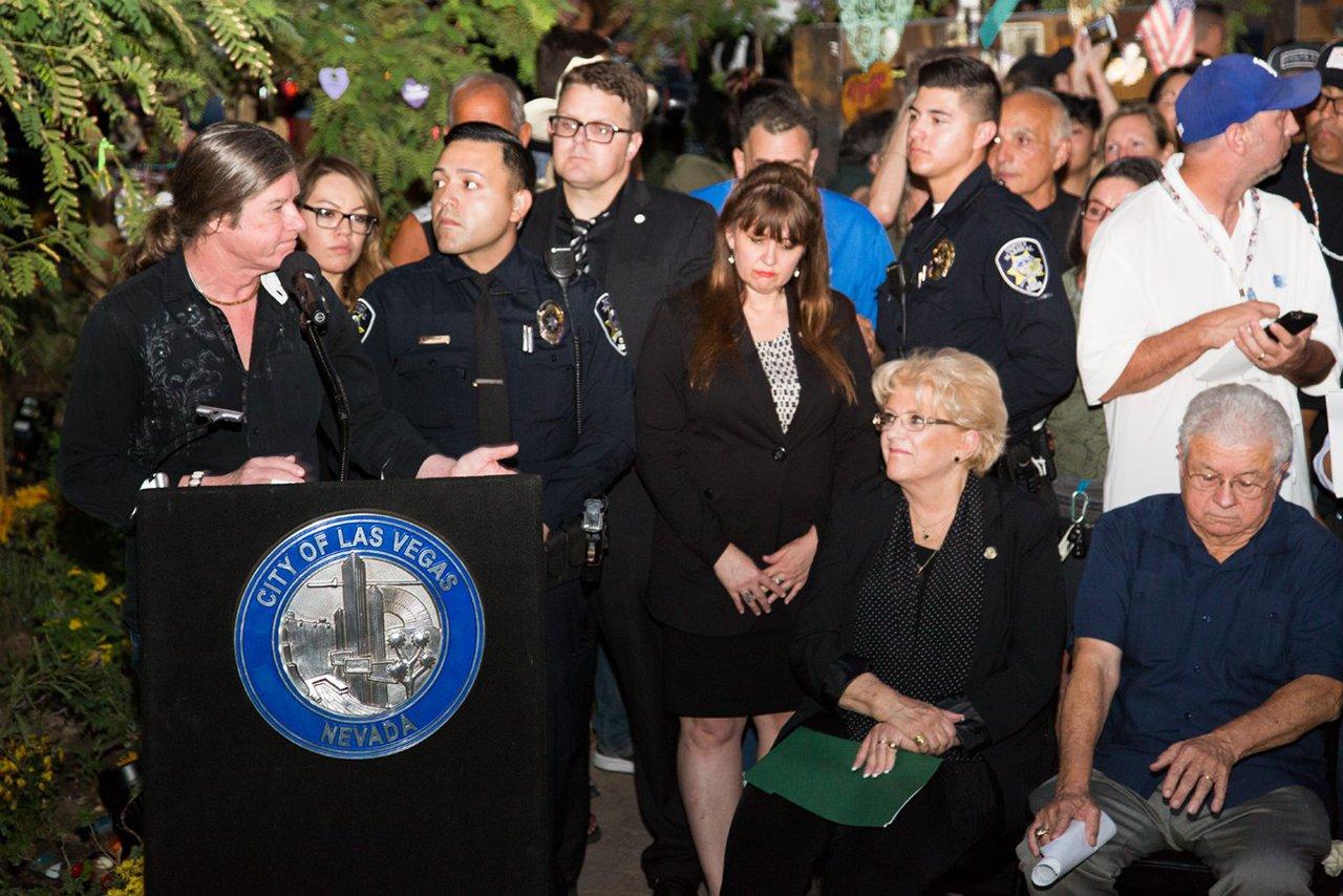 Healing Garden Memorial Event photo WEB_HGDM_109.jpg