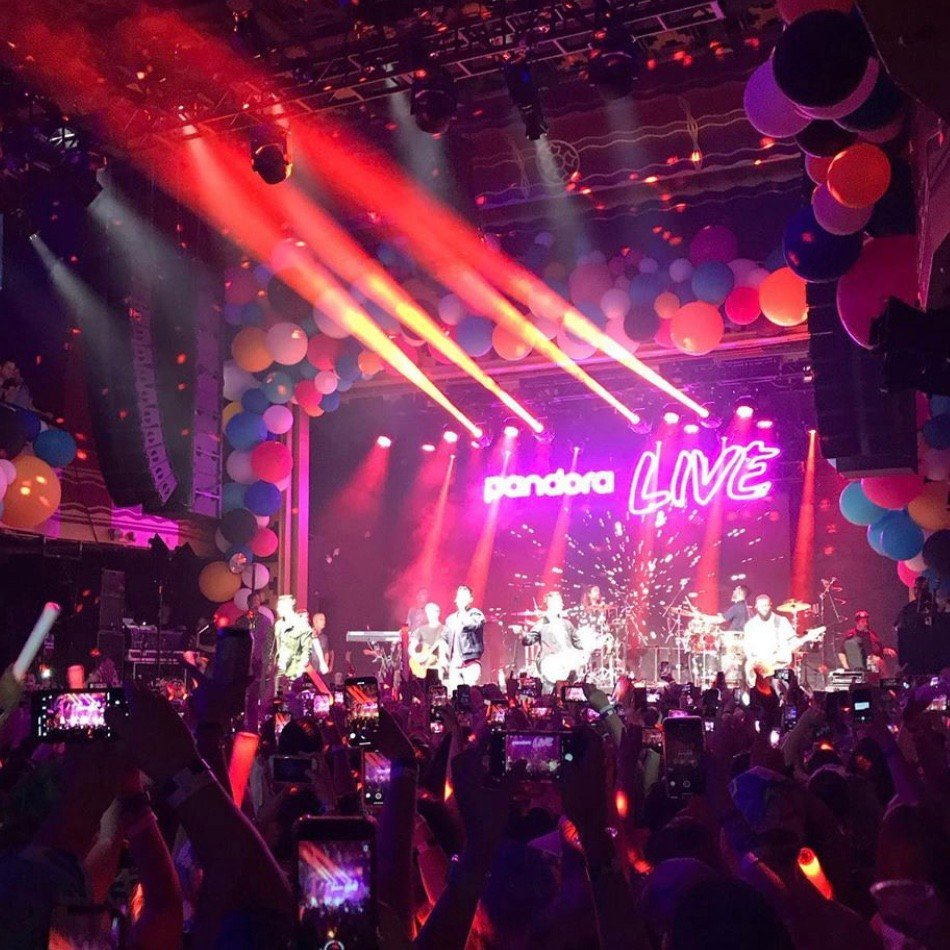 Jonas Brothers Pandora Live photo IMG_5562.jpg