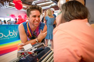 Bubly Sparkling Water at LA Pride photo OHelloMedia-BublySparklingWater-LAPrideParade-TopSelect-00101.jpg