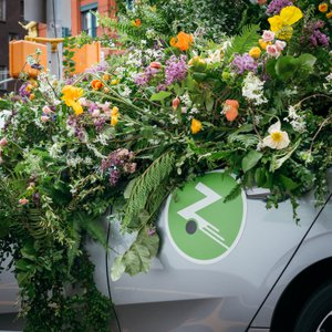Zipcar Earth Day Flower Flash photo DSC01134-2.jpg