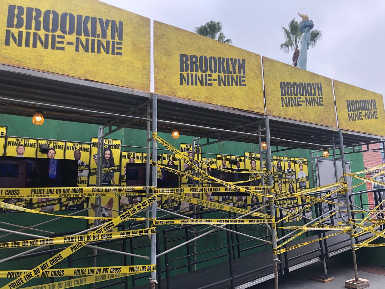 Brooklyn 99 - Comic Con '19 photo IMG_3168.jpg