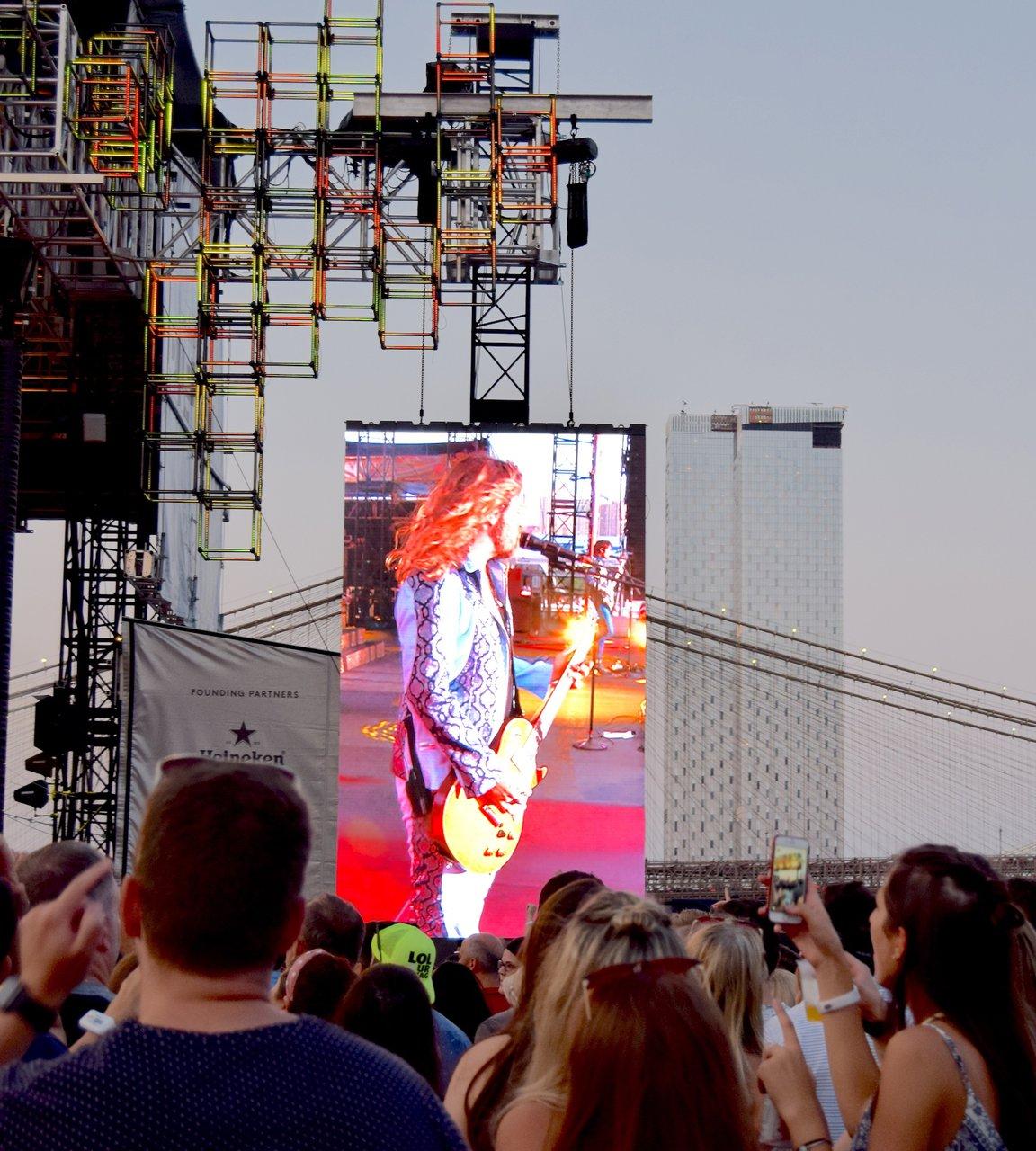 Pier 17 Summer Concert Series photo pier 17 screen struts.jpg