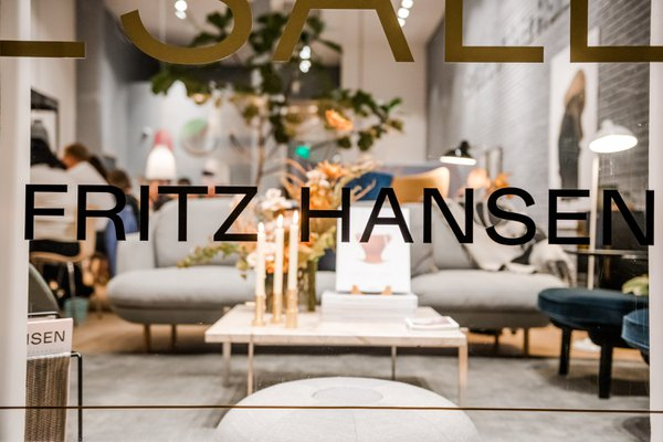 Fritz Hansen SF Dinner Party