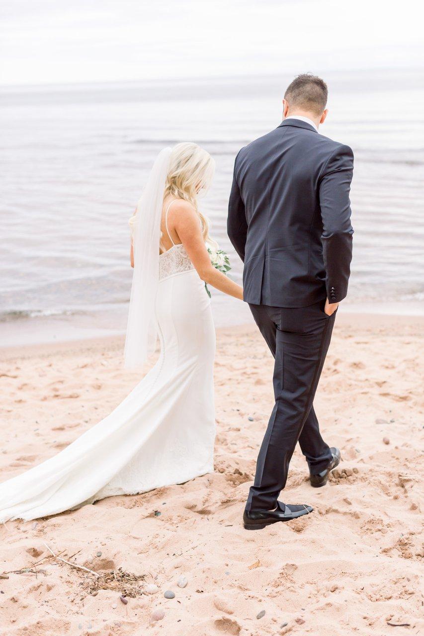 Apostle Highlands Golf Course Wedding photo madeline-island-wedding-elopement-33.jpg