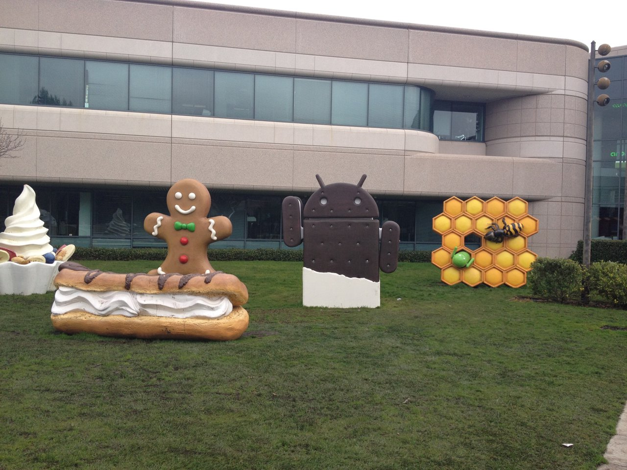 Google Headquarters -Various Androids photo Google Food - 1.jpg