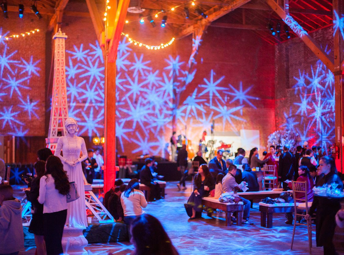 A Midnight in Paris photo Ambiance & Decor- Bazic Holiday Party - Copy.jpg