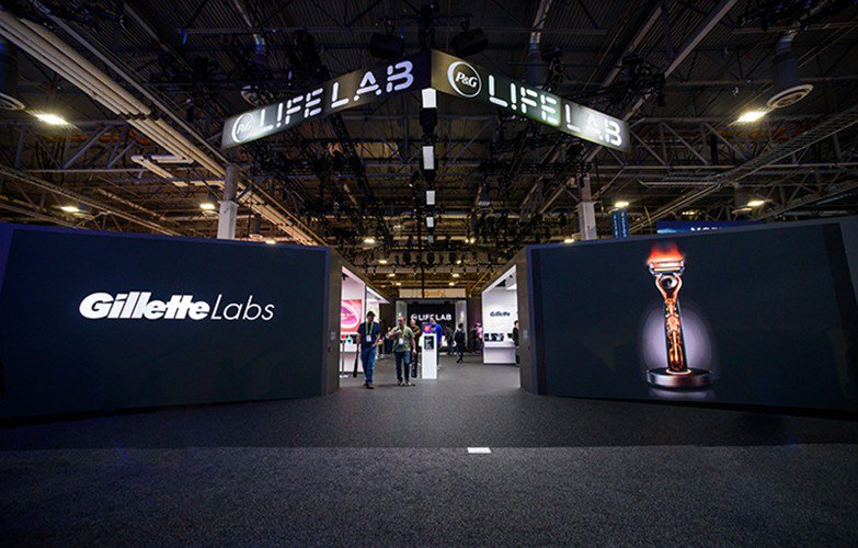 P & G Lif Lab at CES photo PG-LifeLab-Gillette-Heated-Razor-2.jpg
