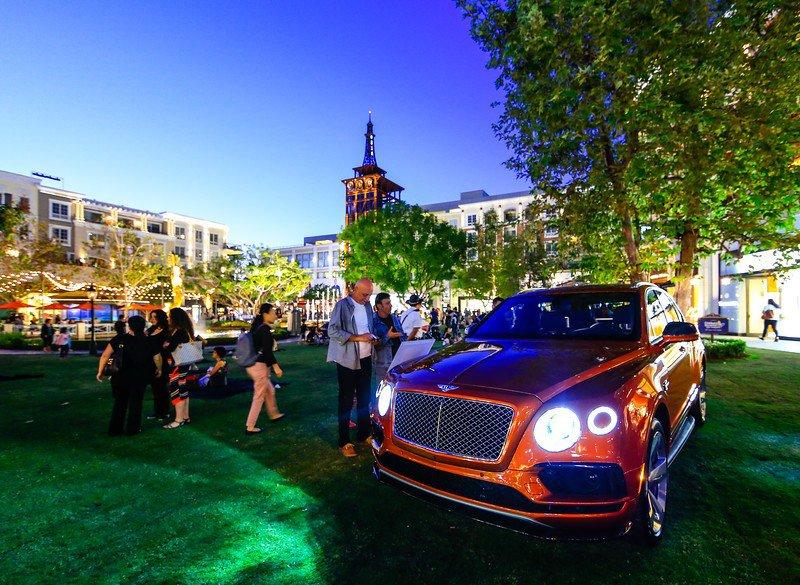 "Bentley ""Be Extrodinary"" photo Bentley-2-17-L.jpg"