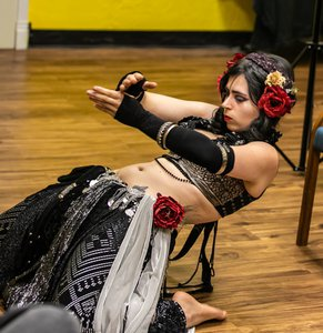 Swamp Witch Stephanie Release Party photo Magus July Bucklin 2019-5.jpg