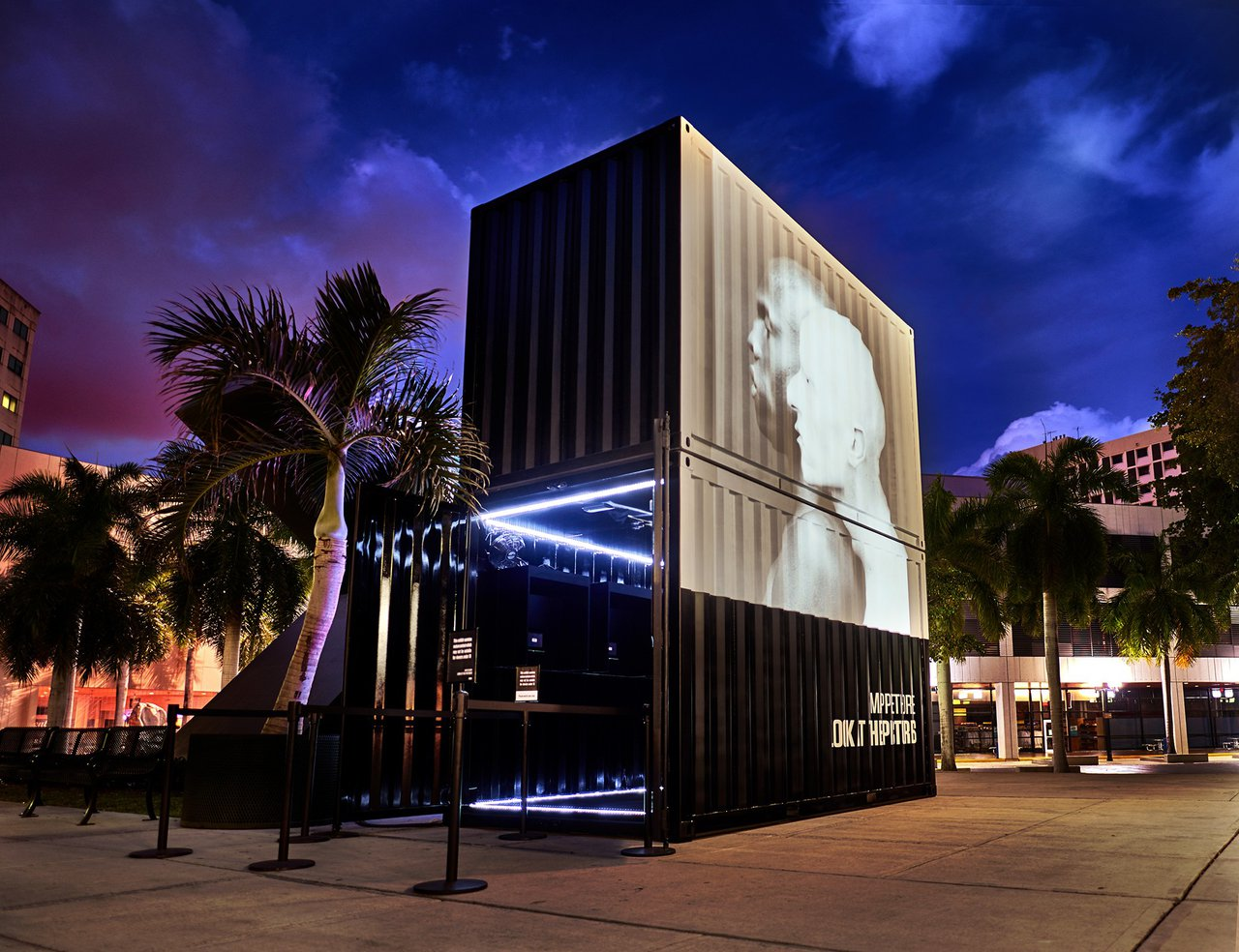 HBO: Mapplethorpe: Look at the Pictures photo HBO MIAMI 5.jpg