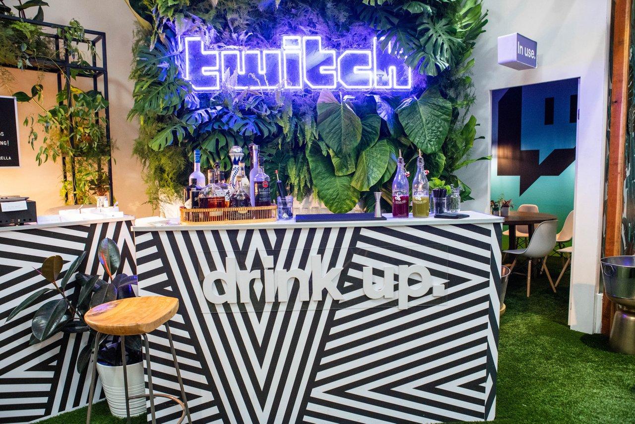 Twitch RIVALS & Diamonds @ TwitchCon  photo Drink Up.jpg