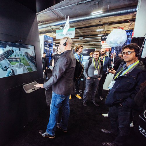 Arrow Electronics 2019 CES Activation photo 1555688917415_Arrow-CES-screen.jpg