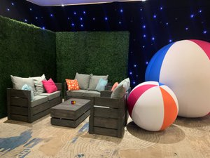 MPI Sunshine Education Summit (MPI SES) photo Carbon Slat Furniture and Beach Balls.jpg