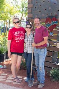 Healing Garden Volunteer Day photo Web_SS1_4727.jpg