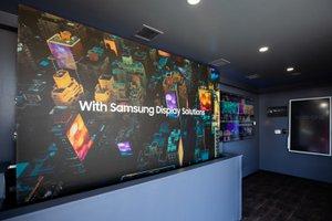 Samsung Resolution Tour photo 010_Samsung_U6A4912.jpg