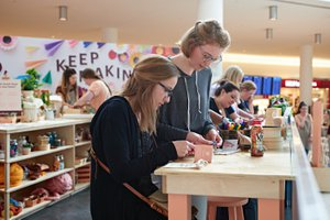 Etsy X JetBlue Pop Up Craft Station photo 2017_05_18_ETSY_JETBLUE_EVENT_0178.jpg