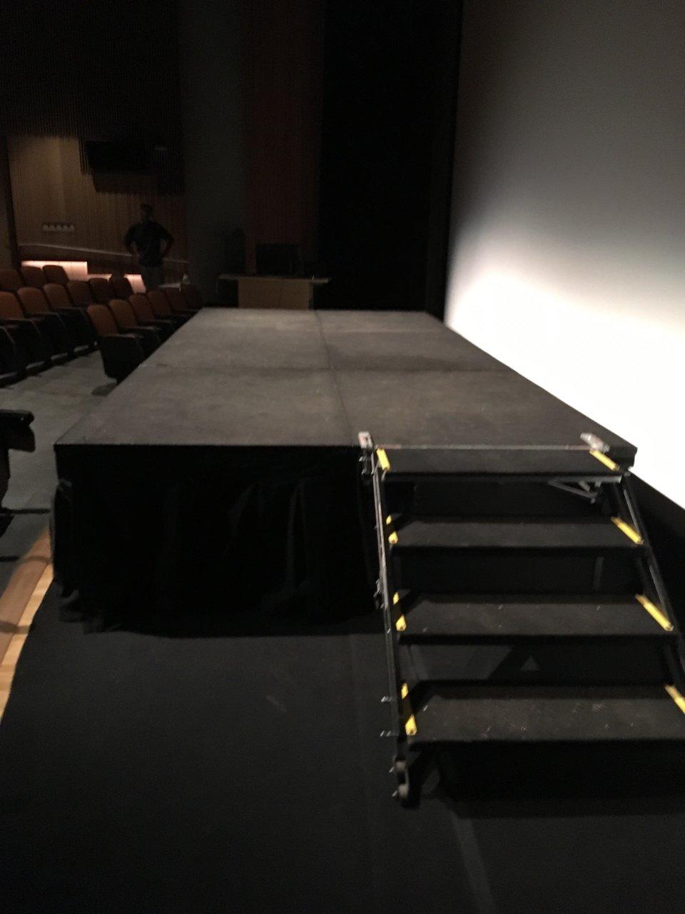 ASU Theatre Summer Play photo 49670905-9213-4FB0-8A57-7F4F02EC9DD1.jpg