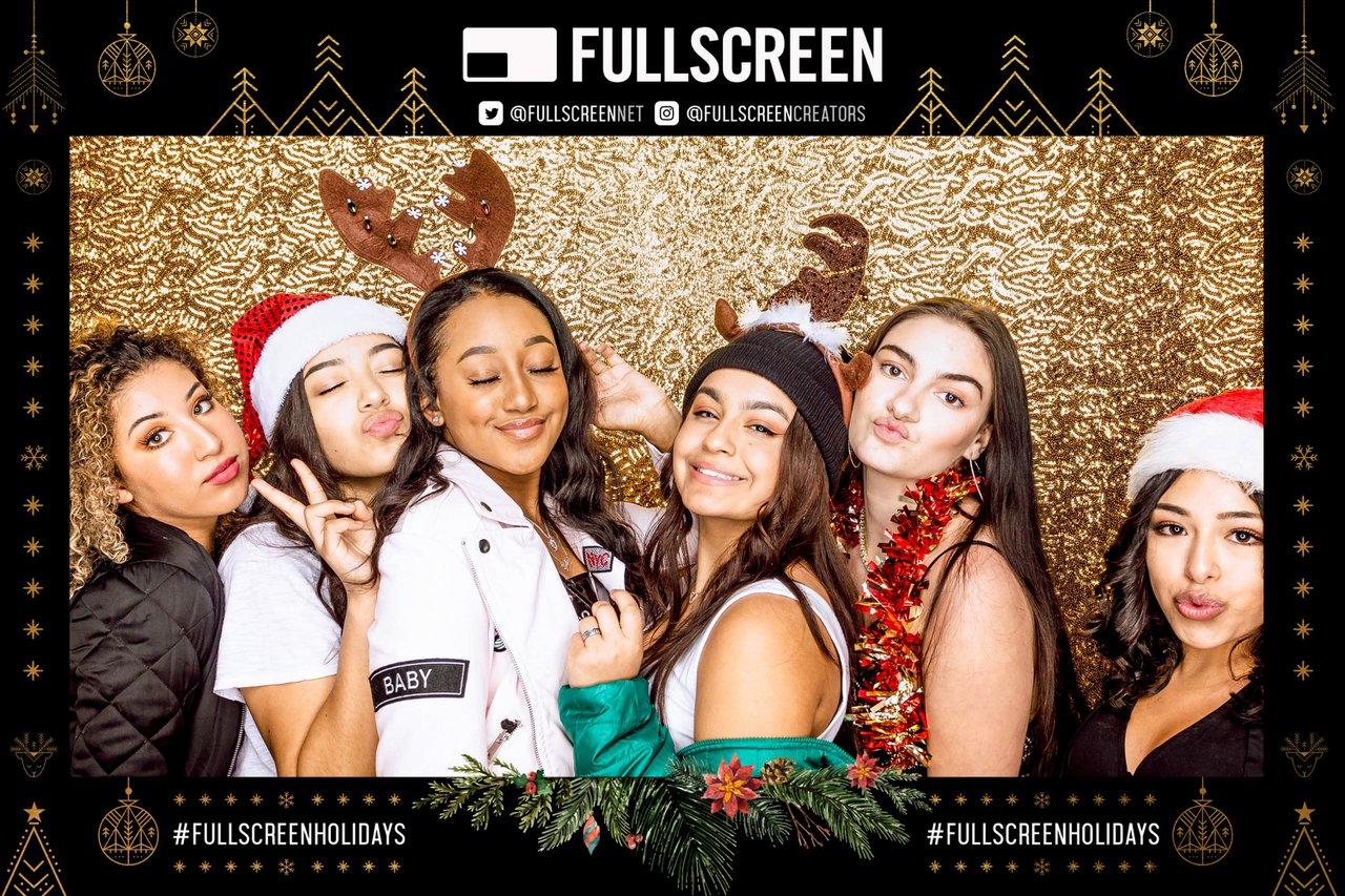 FullScreen Holiday Party photo SY181218_Fullscreen_0109.jpg