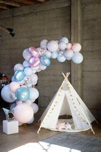 Space-Themed Birthday Party photo 5b36a33c-e093-4572-91cc-7653db6dda5c.jpg