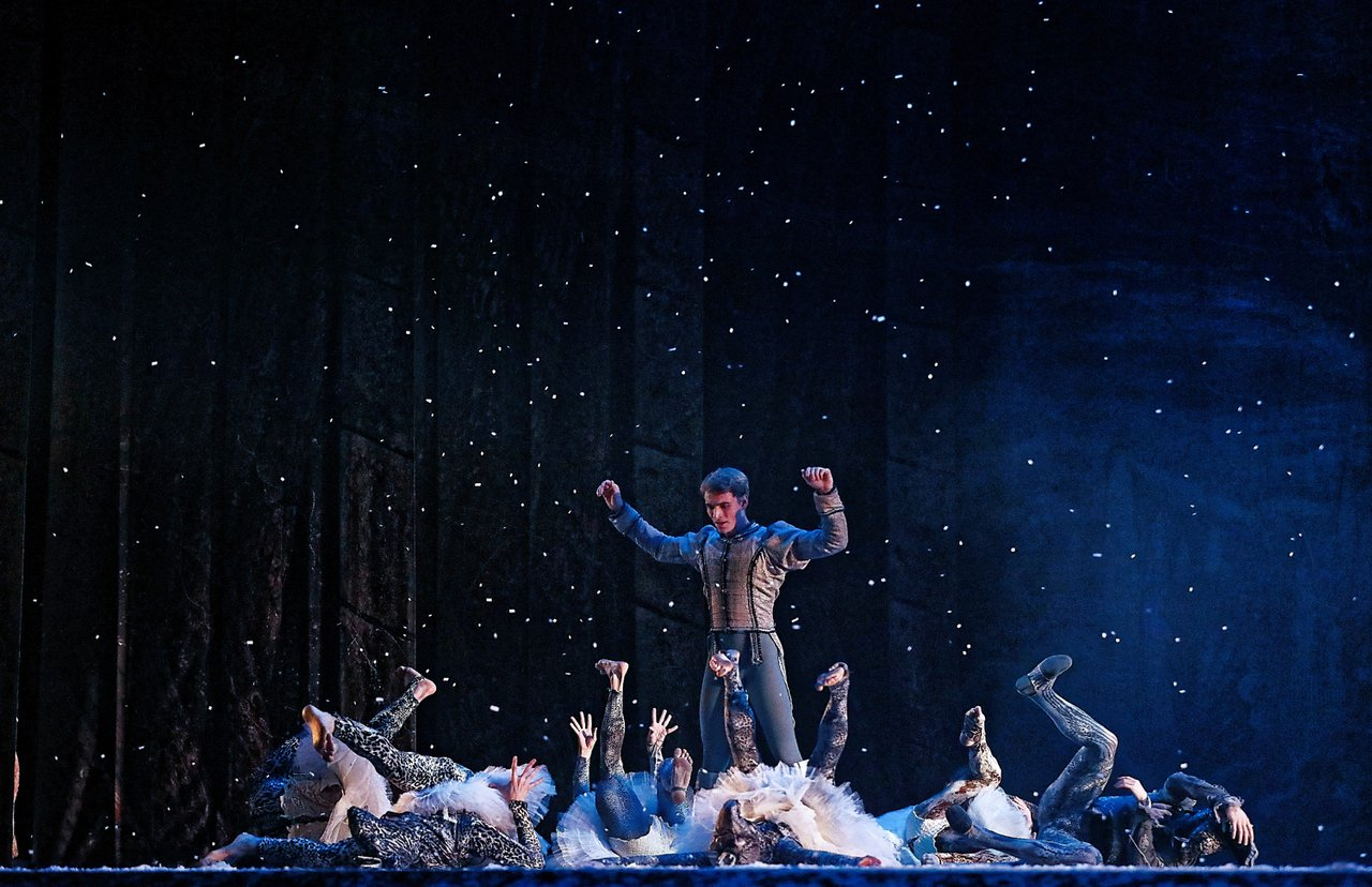 Ukrainian National Ballet Tour photo CL9A6823_DxOsmaller-4400-94-200.jpg