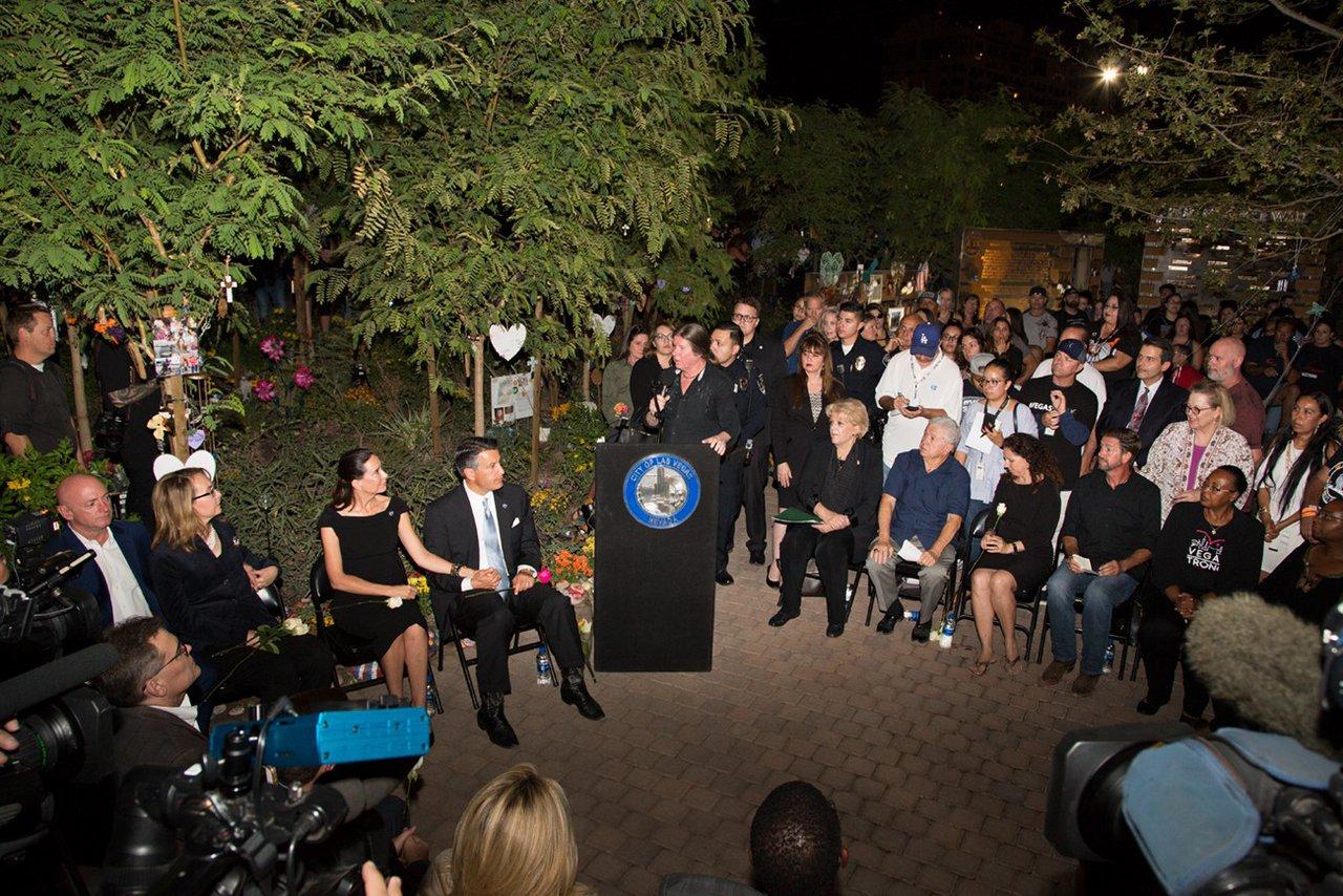 Healing Garden Memorial Event photo WEB_HGDM_159.jpg