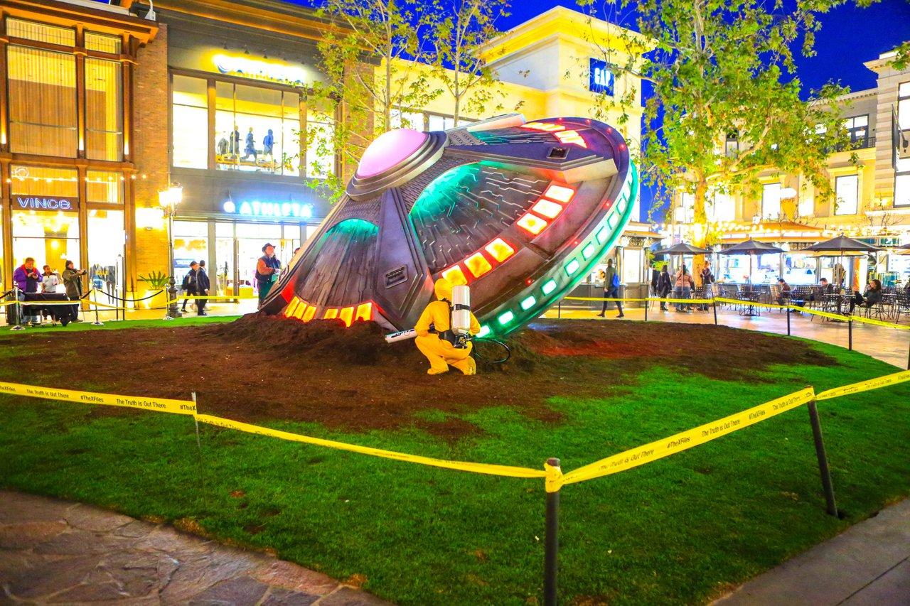 X-Files Pop-Up at the. Grove photo XFiles-6939.jpg