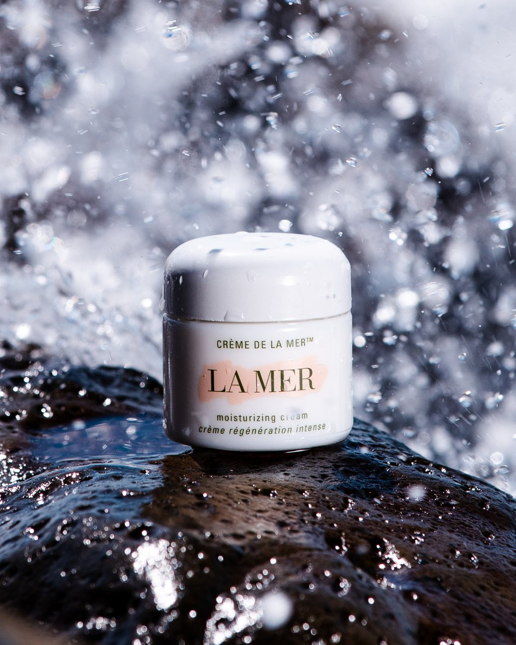 La Mer Arrive Hydrated photo LM CREME 3.jpg